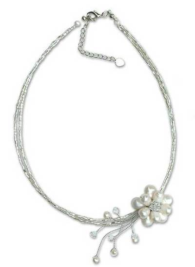 Handmade Pearl Pendant Necklace