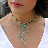 Beaded necklace, 'Sea Green Forest' - Floral Beaded Quartz Necklace