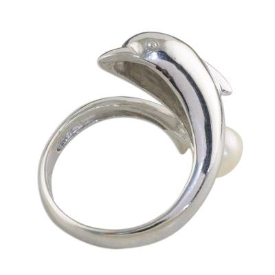 Cultured pearl cocktail ring, 'Dolphin Treasure' - Hand Made Silver and Pearl Cocktail Ring