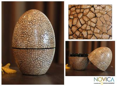 Eggshell mosaic box, Snow