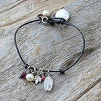 Leather and pearl pendant bracelet, 'Rock Star' - Leather and pearl pendant bracelet