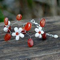 Pearl and carnelian floral bracelet, 'Bright Dream' - Unique Pearl and Carnelian Flower Bracelet