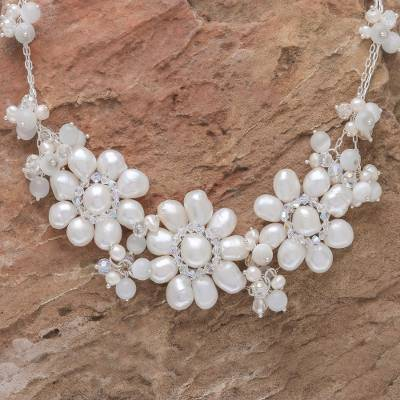 Pearl flower necklace, 'Snow Garland' - Artisan Crafted Pearl Necklace