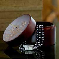 Wood jewelry box,
