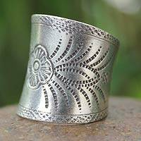 Silver band ring, 'Blossoming Magic' - 950 silver band ring