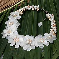 Pearl and quartz flower necklace, 'Elixir'
