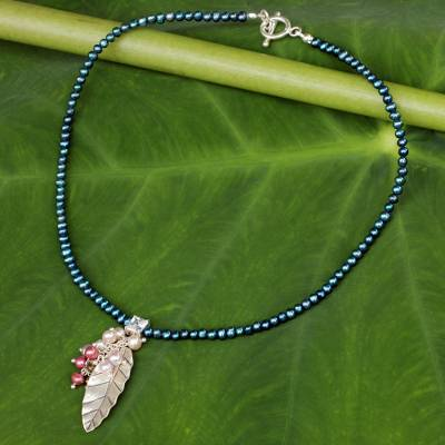 Pearl choker, 'Perfect Leaf' - Pearl and Silver Pendant Necklace