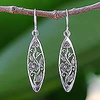 Sterling silver dangle earrings, 'Spring Daisy' - Hand Crafted Floral Sterling Silver Dangle Earrings