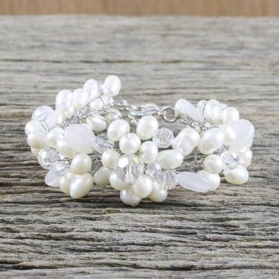 Pearl and quartz beaded bracelet, 'Bridal Bouquet' - Handcrafted Bridal Quartz and Pearl Bracelet