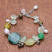 Pearl and serpentine beaded bracelet, Green Apples' - Beaded Gemstone Bracelet from Thailand