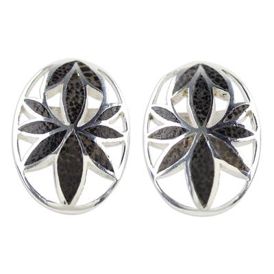 Coconut shell button earrings