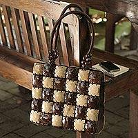 Coconut shell handbag, 'Natural Chic' - Handcrafted Thai Coconut Shell Handbag