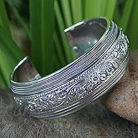 Sterling silver cuff bracelet, 'Floral Imagination' - Sterling silver cuff bracelet