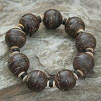 Coconut shell stretch bracelet, 'Coco Breeze' - Hand Made Coconut Shell Beaded Bracelet