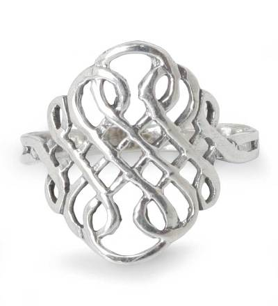 Thai Sterling Silver Knot Style Band Ring