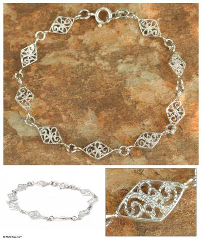 Sterling silver link bracelet, 'Filigree Diamonds' - Fair Trade Sterling Silver Link Bracelet