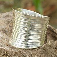 Sterling silver band ring, 'Whispering Snow' - Fair Trade Sterling Silver Ring from Thailand