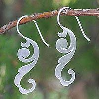 Sterling silver flower earrings, 'Thai Flora' - Sterling Silver Drop Earrings