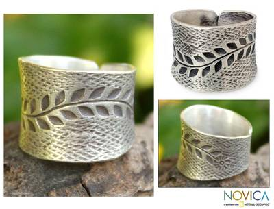 Sterling silver band ring, 'Leaf Garland' - Sterling Silver Band Ring