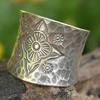 Sterling silver band ring, 'Flower Compass' - Artisan Crafted Floral Sterling Silver Band Ring