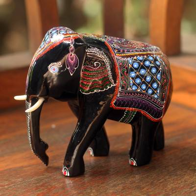 Lacquered wood figurines, 'Young Thai Elephant' - Lacquered Wood Figurine