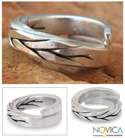 Men's silver wrap ring, 'Hill Tribe Braid' - Men's Silver Wrap Ring
