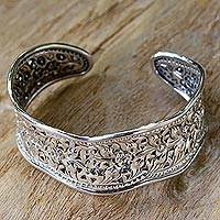 Sterling silver cuff bracelet, 'Mae Ping Garland' - Artisan Crafted Thai Floral Sterling Silver Cuff Bracelet