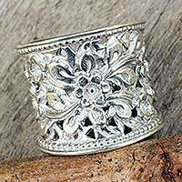 Sterling silver flower ring, 'Mae Ping Jasmine'
