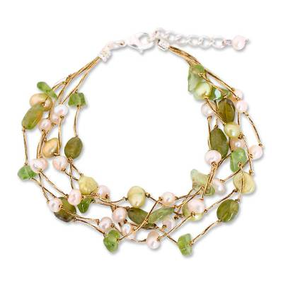 Cultured pearl and peridot beaded bracelet, 'Cloud Forest' - Artisan Crafted Peridot and Pearl Bracelet
