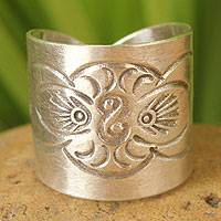 Sterling silver wrap ring, 'Live With Nature' - Hill Tribe Sterling Silver Wrap Ring