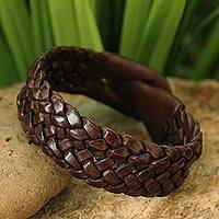 Leather wristband bracelet, 'Bangkok Weave' - Handmade Unisex Leather Wristband Bracelet
