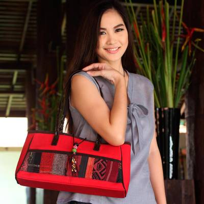 Leather accent cotton shoulder bag, 'Red Thai Spice' - Leather Accent Cotton Patchwork Shoulder Bag