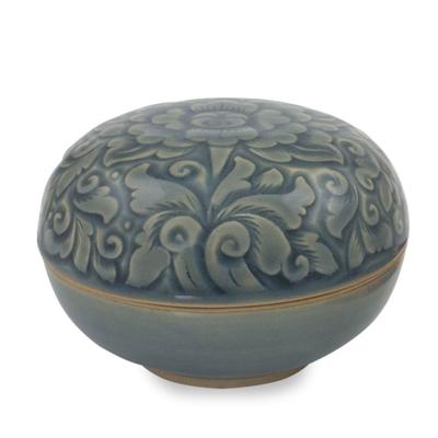 Celadon ceramic box