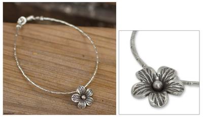 Silver flower bracelet, 'Karen Bloom' - Silver flower bracelet