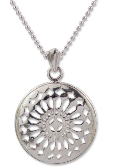 Thai Sterling Silver Pendant Necklace
