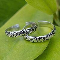 Sterling silver toe rings, 'X-treme Beauty' (pair) - Unique Modern Sterling Silver Toe Ring (Pair)