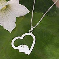 Sterling silver heart necklace, 'Heartfelt Elephant' - Thai Elephant jewellery Necklace in Sterling Silver