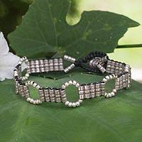 Silver beaded bracelet, 'Hill Tribe Happening' - Hand Knotted Macrame Bracelet with Hill Tribe Silver