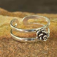 Sterling silver toe ring, 'Romantic Rose' - Toe Ring in Sterling Silver Thai Artisan Jewelry