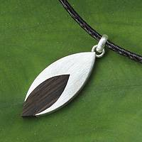 Men's wood necklace, 'Everlasting Leaf' - Men's Sterling Silver and Indian Elm Wood Necklace