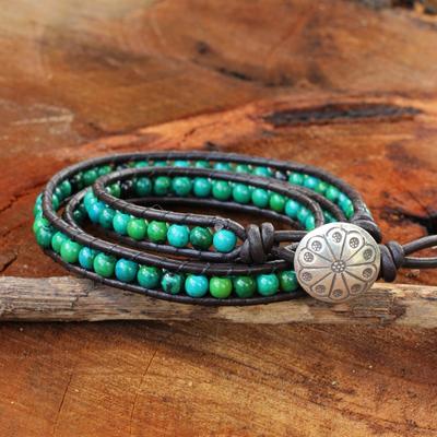 Serpentine wrap bracelet, 'Sea Breeze' - Thai Hand Knotted Serpentine and Leather Wrap Bracelet