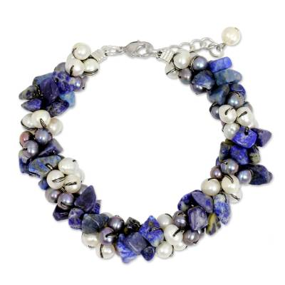 Cultured pearl and lapis lazuli beaded bracelet, 'Gracious Lady' - Handmade Bracelet with Lapis Lazuli and Pearls