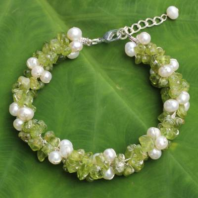 Cultured pearl and peridot beaded bracelet, 'Gracious Lady' - Thai Hand Knotted Pearl and Peridot Beaded Bracelet