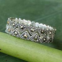 Marcasite stacking rings, 'Harmonious Love' (pair) - Marcasite and Silver Heart Themed Stacking Rings (Pair)