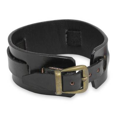 Men's leather wristband bracelet, 'Lanna Warrior in Black' - Men's Artisan Crafted Leather Wristband Bracelet