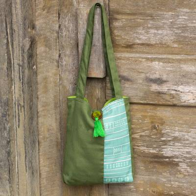 Cotton shoulder bag, 'Jade Rhythm' - Cotton Shoulder Bag in Greens from Thailand