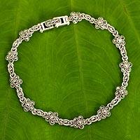 Marcasite link bracelet, 'Daisy Garland' - Unique Marcasite and Sterling Silver Floral Link Bracelet