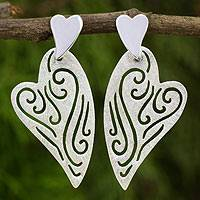 Sterling silver drop earrings, 'Heart's Delight' - Contemporary Sterling Silver Heart Earrings from Thailand
