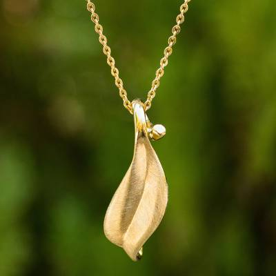 Gold vermeil pendant necklace, 'Solitary Leaf' - Thai Gold Vermeil Artisan Crafted Leaf Theme Necklace