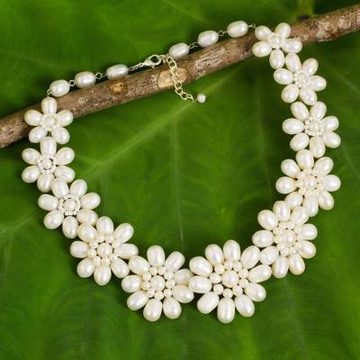 Cultured pearl flower necklace, 'Chrysanthemum Garden' - Cultured Freshwater Pearl Flower Necklace from Thailand